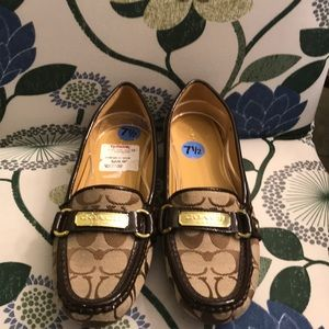 NWT Coach loafers